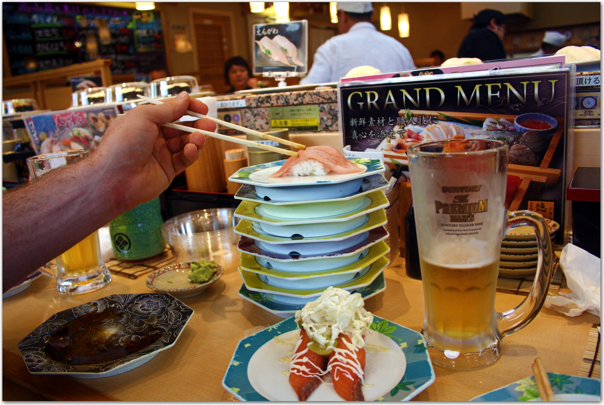 conveyor belt sushi japan
