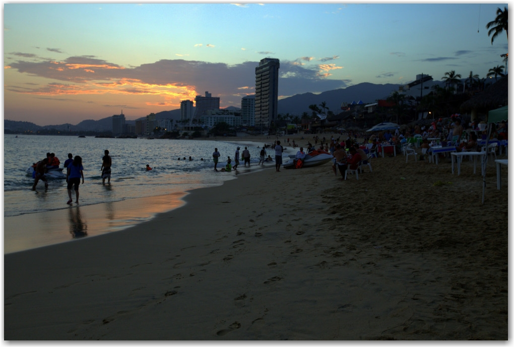 beach acapulco mexico