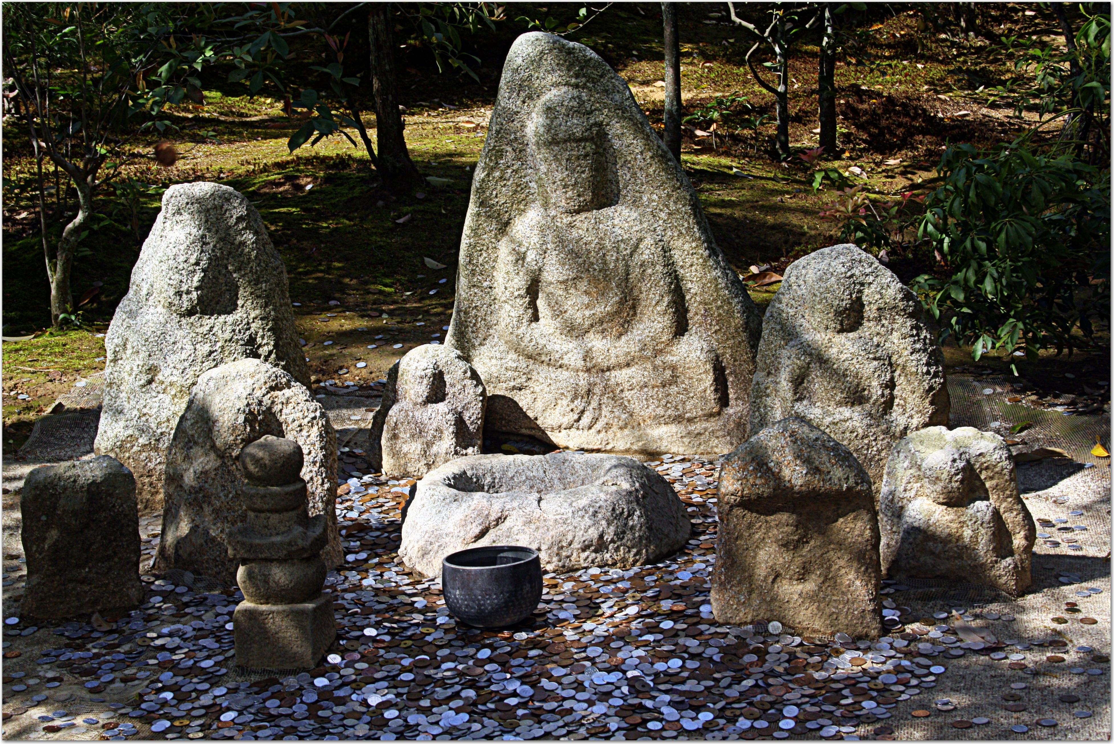 Kinkaku-ji  Temple stone statues, Kyoto